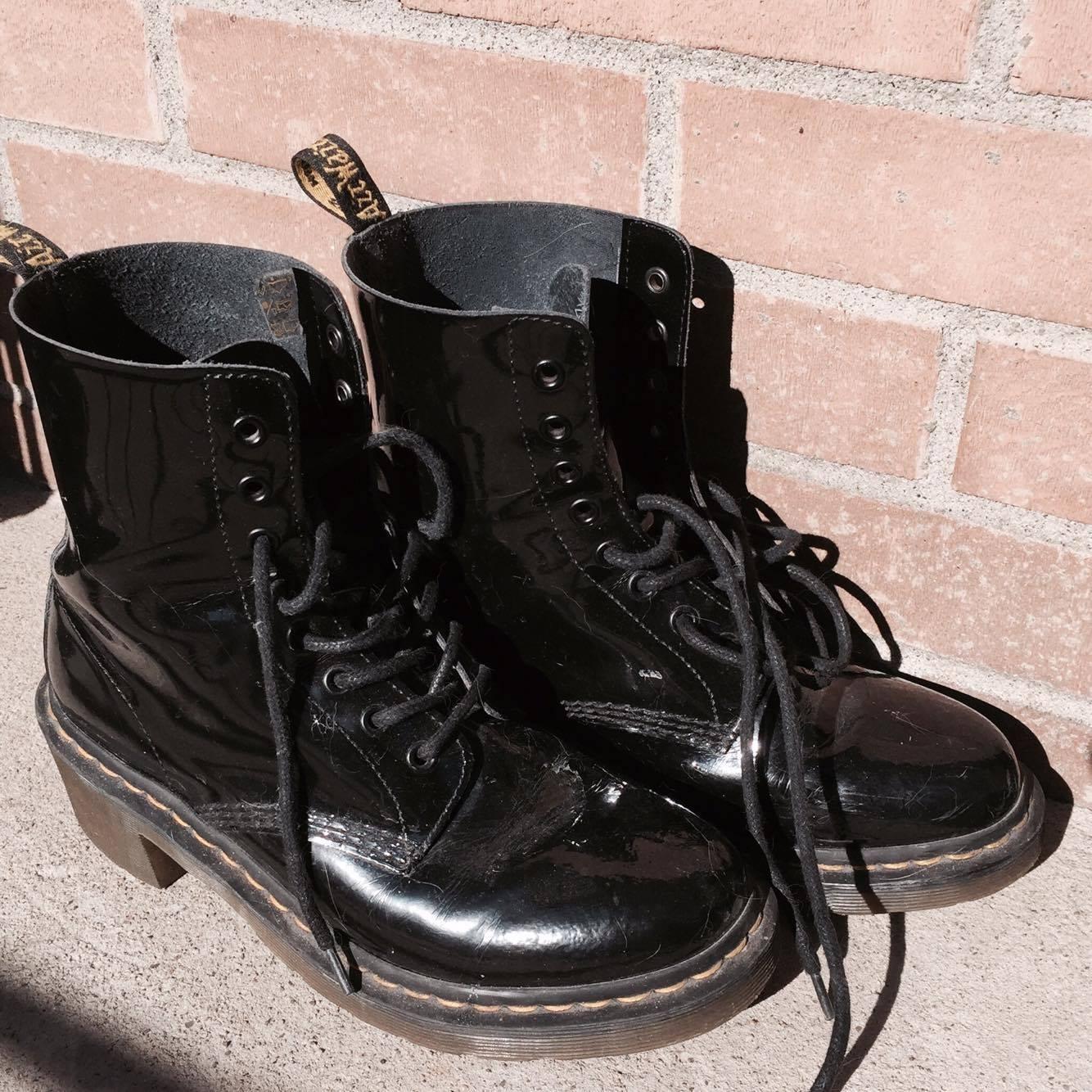 bottes noires boots fashion mode martens docs