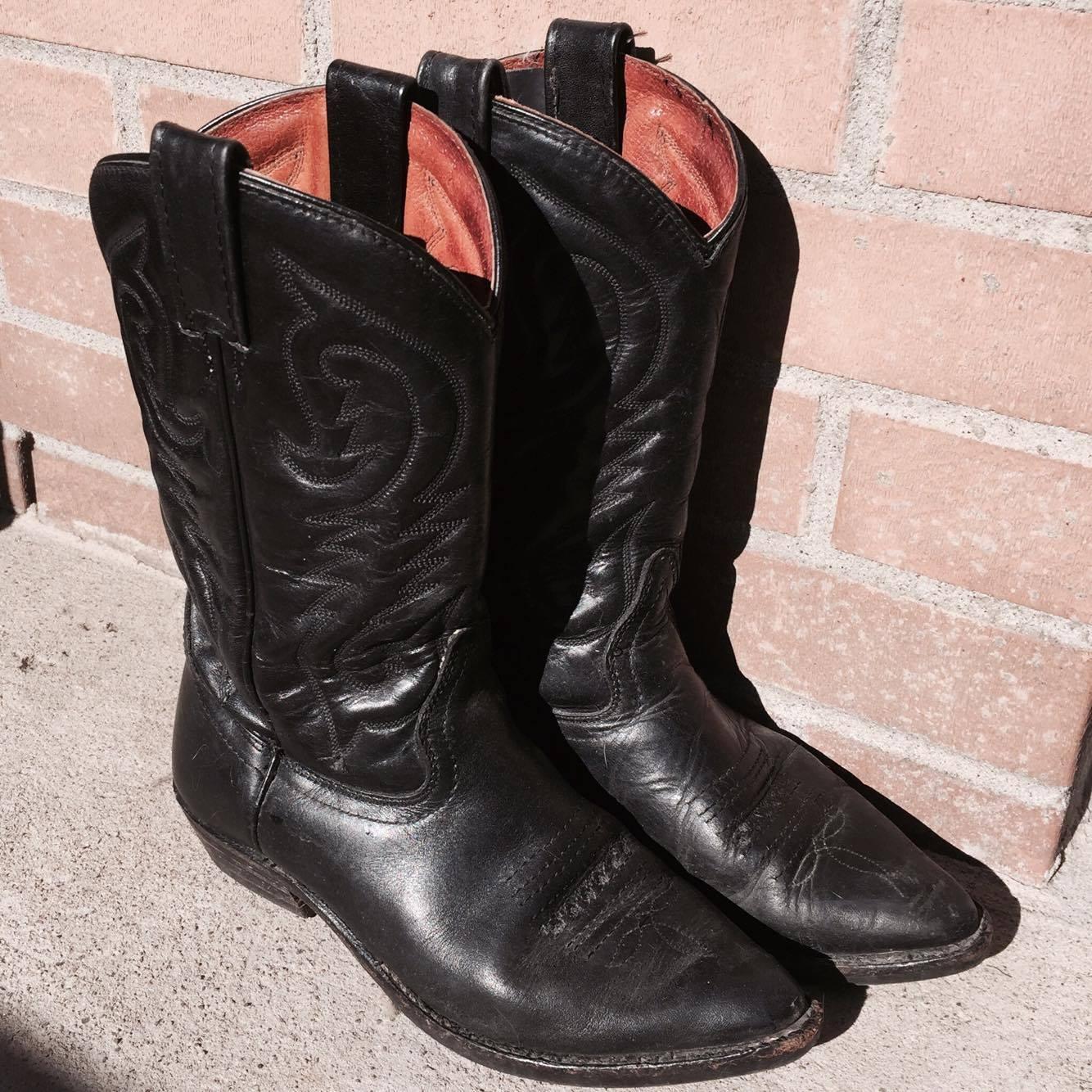 bottes noires boots fashion mode cowboy